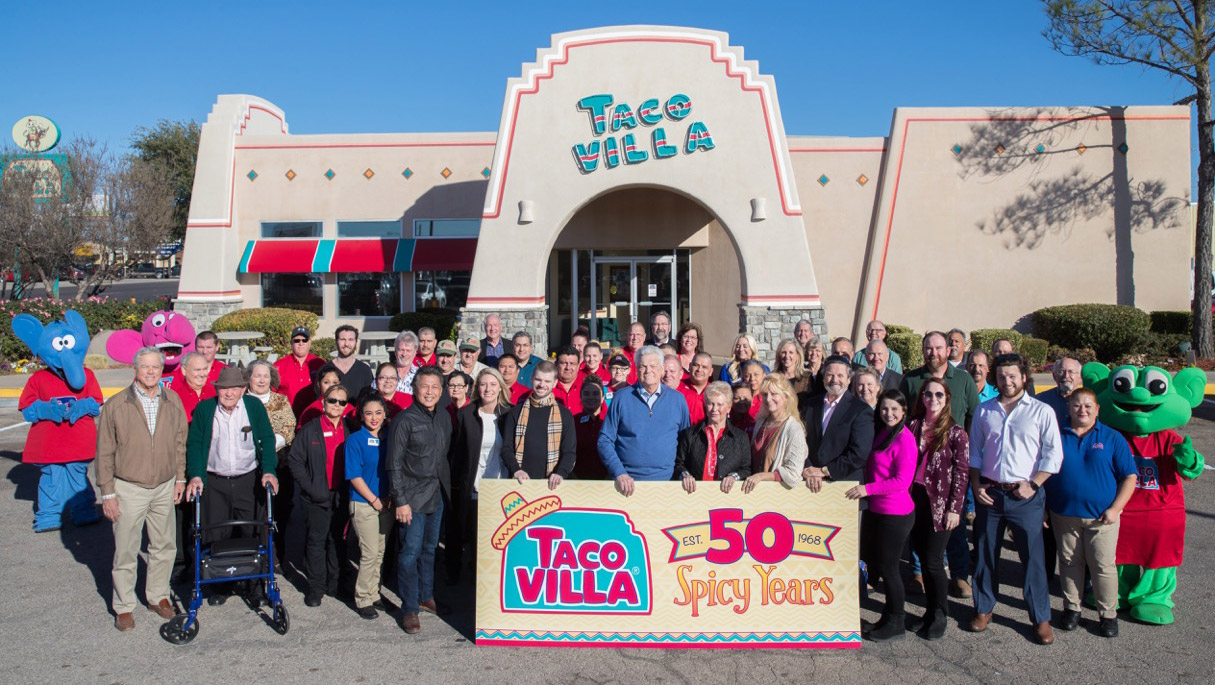Taco Villa Bobby Cox Group Photo